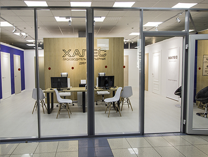 Открытие нового салона «MOTIF» – интерьерные двери от белорусского производителя «ХАЛЕС».
